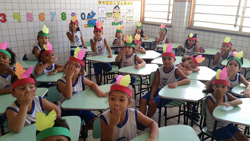 Dia do Índio - Escola Santa Inês